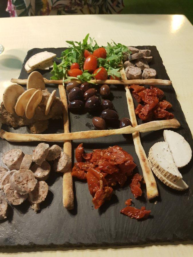 Maltese Platter