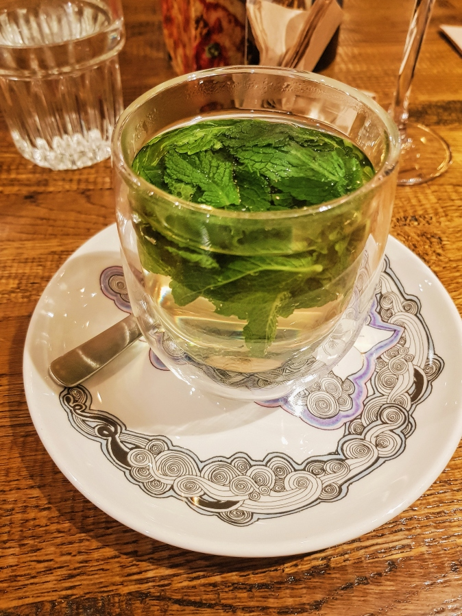 Mint tea (with fresh leaves)
